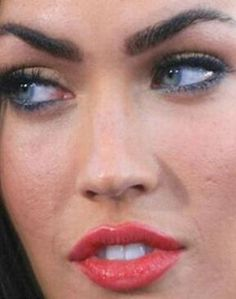 Megan Fox sans Photoshop... a bad skin for sure
