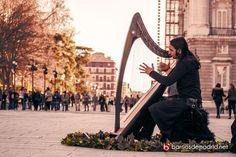 Es reconfortante saber que a pesar de todo, existe el amor, la libertad, el arte y la paz en este mundo. Palacio Real de #Madrid #11M10Aniversario © www.barriosdemadrid.net