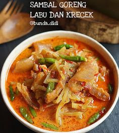 Indonesian Cuisine, Indonesian Recipes, Kitchen Recipes, Cooking Recipes, Diah Didi Kitchen, Malaysian Food, Veggie Dishes, Soups, Curry