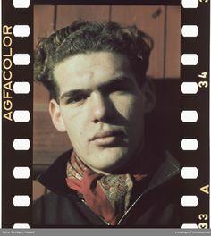 Portrett av en ung mann. Norwegian Men