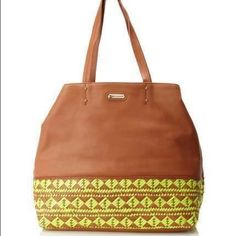 NEW REBECCA MINKOFF EAST WEST TOKI TOTE 100% leather. Dust bag included Rebecca Minkoff Bags Totes