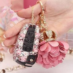 Bling Car Key Holder with Rhinestones for Audi tt More bling your ride car accessories. Bling Car Accessories, Car Key Holder, Mini Copper, Girly Car, Car Key Fob, Car Keys, Volkswagen Polo, Girly Things, Pendant