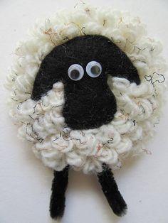 Sheep brooch, gift for her, sheep lovers gift, sheep badge Gifts For Wife, Gift For Lover, Gifts For Her, Lovers Gift, Cute Sheep, Felt Brooch, Acrylic Wool, Farm Yard, Black Felt