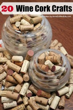 Wine Cork Table, Wine Cork Coasters, Wine Cork Art, Wine Cork Crafts, Wine Craft, Bottle Crafts, Crafts With Corks, Diy Crafts, Diy Cork