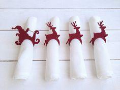 Noël, dessus de table de fête, père Noël et renne ronds de serviette, serviette rouge, table de fête, tableau et réutilisables, Setof4, cadeau de Noël