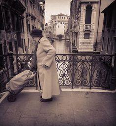 #iphonephotography #streetphotography #igfriends_veneto #igfriends_italy #igersvenezia #igersvenice #igersveneto #igcapturesclub #igworldclub #gf_italy #euro_shot #ig_captures #ig_venezia #ig_veneto #ig_venice #veneziaautentica #venezia #venice #veneto #veneziadavivere #loves_united_venice #loves_venezia #loves_venice #loves_veneto #instavenezia #instavenice #bestvenetopics #veneziaèunica by 85principessa