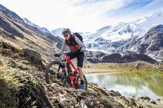Trailsurfing mit dem E-Bike im Herzen der Alpen - Bikegebiete sprießen unaufhaltsam in unseren Alpen. Auch an die Bedürfnisse von E-Bikern wird immer mehr gedacht. So berichtet der Tourismusverband Bormio über sein Trailnetzwerk und dessen Entwicklung.