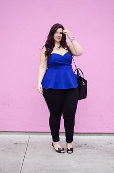 Date night crystal coons curvy outfits, dress outfits, fashion outfits, nig Fashion Blogger Style, Girl Fashion, Fashion Outfits, Curvy Outfits, Date Outfits, Night Outfits, Dress Outfits, Curvy Plus Size, Plus Size Women