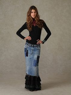 Jean Skirt - 70s style! [so wish I was still a size 7!]... love the bottom ruffle!