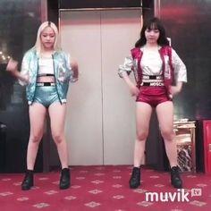 2 chị em siêu nhơn. :v   ➡️ Tải Muvik để xem thêm: http://muvik.tv/download