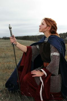 Want to do some kind of photoshoot like this when I get some more armor  #Warrioress #Armour #Medieval