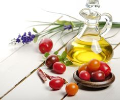 Is olive oil or vegetable oil the best and healthiest option for you? Learn more here: http://www.fitnessmagazine.com/recipes/healthy-eating/how-healthy-is-vegetable-oil-really?socsrc=Fitness_TWITTER_20160318230000