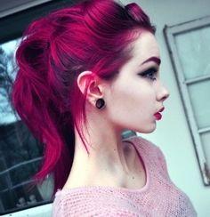 Magenta, ponytail