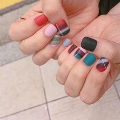 #20160906 일전에 올린 #체크네일 해보고싶지만 열손가락 아트는 부담스러운 분들께 추천합니다❣ - #가을네일 #스트라이프네일#무광네일 #nails#notd#gelnails#colorful #mattnails#stripesnails#stripes#네일아트#네일스타그램#젤네일#네일#셀프네일#인스타네일 #센스홍_네일트랜드#sensehong_nailtrend