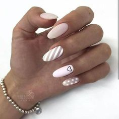Semi-permanent varnish, false nails, patches: which manicure to choose? - My Nails Stylish Nails, Trendy Nails, Cute Acrylic Nails, Cute Nails, Nail Manicure, Nail Polish, Manicure Ideas, Hair And Nails, My Nails