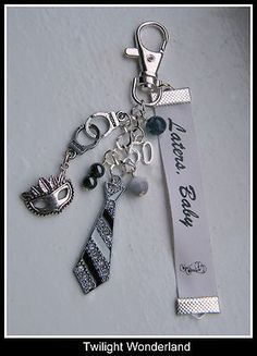 I want this! I would get rid of every other thing I have in my keychain.