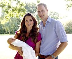 Kate Middleton wore a fuschia knot front maternity dress by Seraphine in the first official portraits of the royal baby. Retailing at just $79, the dress features a forgiving empire waist and draping perfect for women's pregnant and post-baby bods.