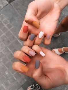In seek out some nail designs and some ideas for your nails? Here's our listing of must-try coffin acrylic nails for cool women. Simple Acrylic Nails, Summer Acrylic Nails, Best Acrylic Nails, Acrylic Nail Designs, Simple Nails, Summer Nails, Spring Nails, Shapes Of Acrylic Nails, Squoval Acrylic Nails