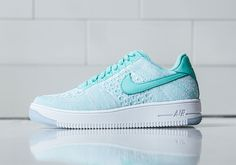 """Nike Air Force 1 Flyknit Low """"Emerald Green"""" 