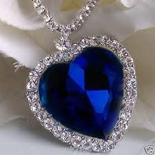 """""""Heart of the Ocean"""" reproduction necklace from the movie, """"Titanic"""". Real Titanic, Titanic Ship, Kate Winslet, Ocean Heart, Diamond Tattoos, Blue Necklace, Heart Jewelry, Jewelry Patterns, Ideias Fashion"""