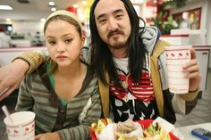 Devon and Steve Aoki Aoki Devon, Dj Steve Aoki, French Lifestyle, Summer Cocktails, Fast And Furious, Electronic Music, Cool Kids, Pretty Girls, Pop Culture