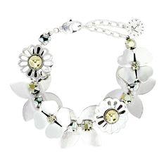 Bracelet En M�tal Argent�, Compos� De Fleurs Ajour�es, Dont Le C%u0153ur Est Orn� D'Un Cristal Dor�, Et De Cristaux Dor�s Taille Ronde. . .