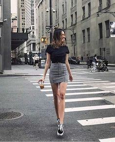 7 All Time Best Ideas: Urban Fashion Boho Jeans urban wear for men summer. # Casual Outfits with vans crop tops Staggering Urban Wear Fashion Hats Ideas Look Fashion, New Fashion, Trendy Fashion, Girl Fashion, Fashion Outfits, Fashion Ideas, Fashion Clothes, Womens Fashion, Fashion Night