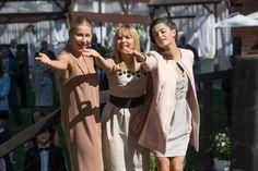 Lekarze 5 sezon odc. 13 (odc. 65). Iza (Katarzyna Warnke), Sylwia (Katarzyna Bujakiewicz), Beata (Agnieszka Więdłocha)