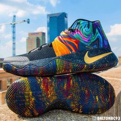 Basketball Shoes - It's Easy To Purchase Shoes When You Know How Basketball Shoes Kyrie, Kyrie Irving Shoes, Sneakers Fashion, Shoes Sneakers, Hype Shoes, Fresh Shoes, Baskets, Sneaker Boots, Sock Shoes