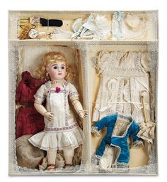 theriault's antique doll accessories | Lot: 41. Beautiful French Bisque Bebe Steiner in Presentation Box