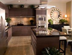 La madera hará que sientas la calidez de tus espacios, de tu hogar.   www.madecentro.com