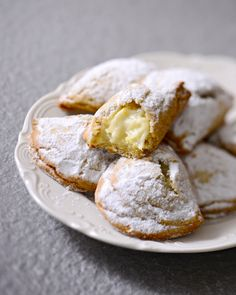 Greek Cooking, Cooking Time, Delicious Desserts, Yummy Food, Biscuits, Breakfast Tea, Sweet Cookies, Recipe Mix, Turkish Recipes