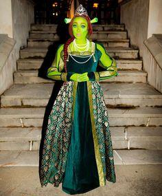 Monica Brown as Fiona Unique Halloween Costumes, Halloween 2019, Halloween Outfits, Princess Fiona, Princess Zelda, Disney Princess, Celebs, Celebrities, Trick Or Treat