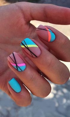 Summer Acrylic Nails, Best Acrylic Nails, Stick On Nails, Pin Up Nails, My Nails, Lines On Nails, Striped Nails, Stripe Nail Art, Fire Nails