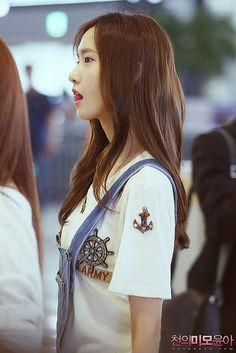 #Yoona #윤아 #ユナ #SNSD #少女時代 #소녀시대 #GirlsGeneration 140618 Gimpo