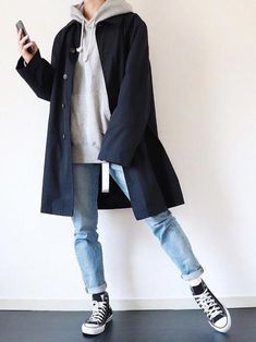 Form gurus provide up five natural new methods to put on a hoodie without ever having seeming like an angst-ridden. Mode Outfits, Korean Outfits, Retro Outfits, Casual Outfits, Fashion Outfits, Fashion Hats, Man Fashion, Latex Fashion, Men Casual