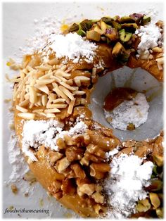 Bolo Rainha e um adeus – Food With A Meaning Portuguese Desserts, Portuguese Recipes, Portuguese Food, Cheesecakes, Cake Recipes, Dessert Recipes, Sweet Cooking, Spanish Food, Christmas Desserts