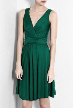 DKNY   Emerald Green Sleeveless V-Neck Dress