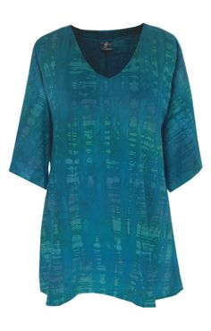 Plus Size Top  Womens Cotton Tunic  Tie Dye Teal Blue Tunic. This is a roomy top with a flattering V-Neckline. This is one of my own fabrics. The color is original to my collection, therefore it is exclusive. It takes about 7 days to make. And the results are stunning. Click to see more.