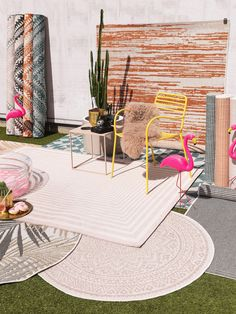 Covoare moderne pentru interior-exterior | Colectia Cleo #covoare #covoaremoderne #covoareexterior #covoareonline Outdoor Rugs, Outdoor Decor, Rose Art, Living Spaces, Kids Rugs, Patio, Flooring, Exterior, Modern