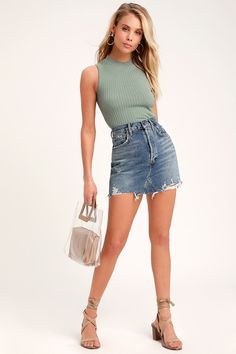 The Lulus Confidante Sage Green sleeveless Mock Neck Crop Top will be your little secret to always looking chic! Sleeveless ribbed knit top with a mock neck. Denim Skirt Outfits, Tank Top Outfits, Green Top Outfit, Pretty Outfits, Cute Outfits, Plus Size Women's Tops, Suede Mini Skirt, Mini Skirts, Summer Skirts