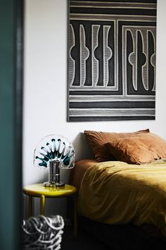House tour: an ode to chic and feng shui principles - Vogue Australia. Home owner: David Flack. Photographed by Sharyn Cairns. Louis Kahn, Memphis Design, Terrazzo, Flack Studio, Feng Shui Principles, Feng Shui Design, Melbourne House, Lounge, Vogue Living