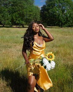 Glam Photoshoot, Photoshoot Concept, Photoshoot Themes, Black Girl Photo, Black Girl Fashion, Black Girls Pictures, Girl Photos, Creative Photoshoot Ideas, Outdoor Pictures
