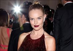 Kate Bosworth and her dark lipstick