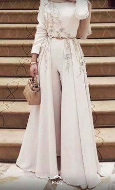 Muslim Fashion 342766221635234677 - Caftan pantalon Source by Evening Dress Long, Hijab Evening Dress, Hijab Dress Party, Evening Dresses, Abaya Fashion, Muslim Fashion, Modest Fashion, Fashion Dresses, Ladies Fashion
