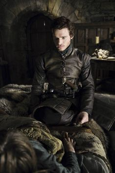 Game of Thrones - Publicity still of Richard Madden. The image measures 2832 * 4256 pixels and was added on 16 April Richard Madden, John Snow, Winter Is Here, Winter Is Coming, Best Series, Hbo Series, Got Game Of Thrones, Photo Games, Films