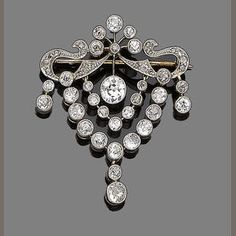 A diamond brooch c1910
