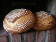 Brood bakken in eigen tuin