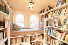 home library 10 Bookish Airbnbs With Home Libraries That Will Make You Swoon Library Bedroom, Home Library Rooms, Home Library Design, Dream Library, House Design, Small Home Libraries, Attic Library, Tyni House, Cozy House