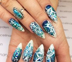 Nails ... Love the shape and the colour
